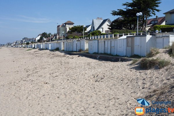 Photo de la plage de la Cale des Plaisanciers de Jullouville