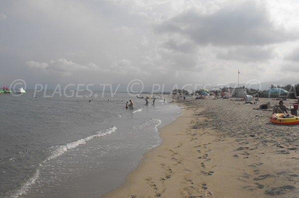 Photo de la plage de Calzarellu en juillet
