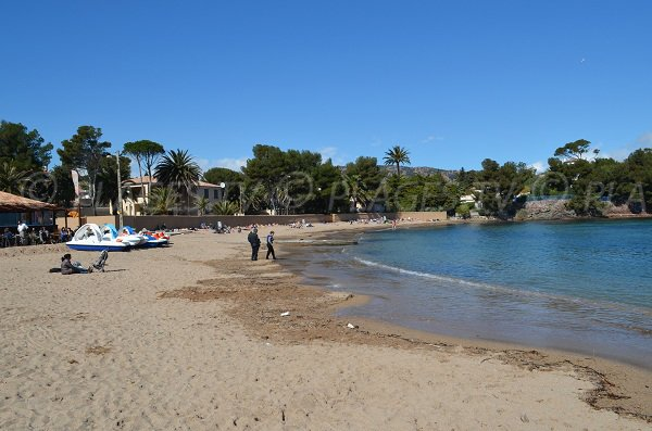 Public beach in Dramont in Agay