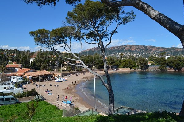 Spiaggia del Camp Long a Agay - Dramont