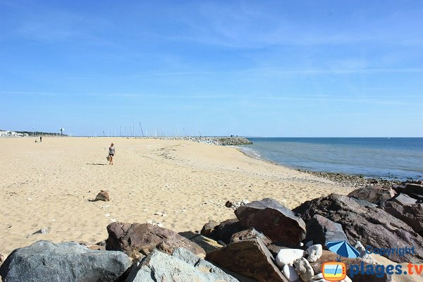 Beach of Canon in Jard sur Mer