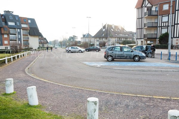 Parking for the Cap Cabourg beach