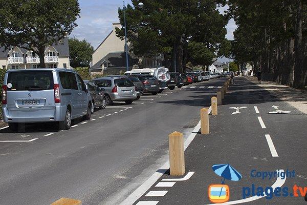 Stationnement à proximité de la plage du Cap Coz - Fouesnant