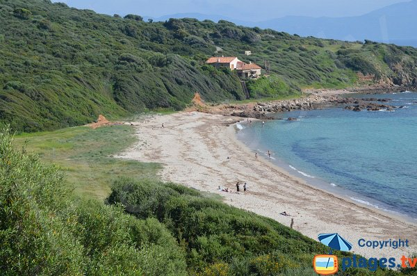 Plage de Capizzolu à Cargèse en Corse