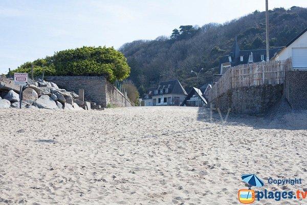 Access to Carolles beach - France