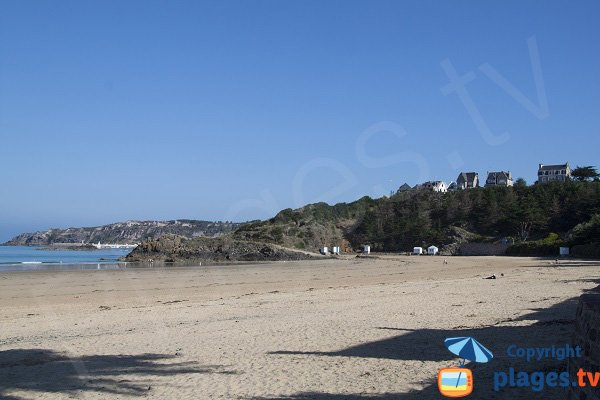 Photo de la plage du Caroual à Erquy