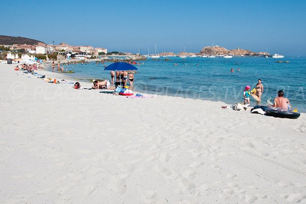Plage de Caruchettu à l'Ile Rousse - Corse