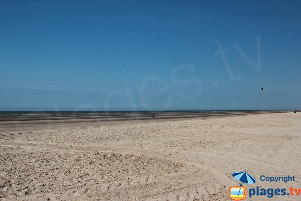 Vast beach in Bray Dunes