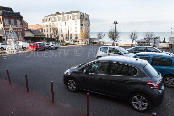 Parking de la plage du Casino à Houlgate