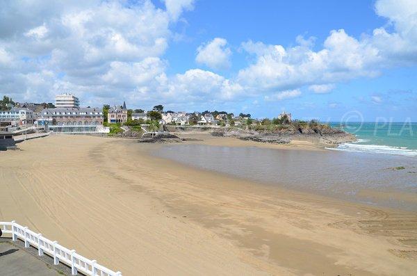 Casino beach of Saint Quay Portrieux