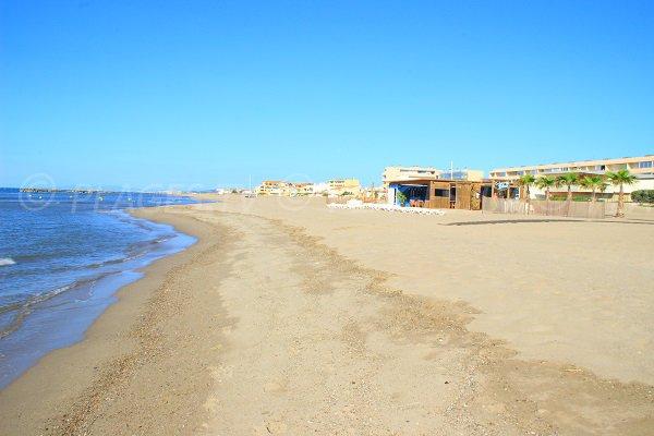 Restaurants sur la plage à proximité du Casino de Valras