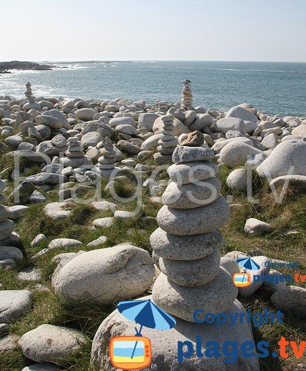 Galets de l'ile grande et formes artistiques
