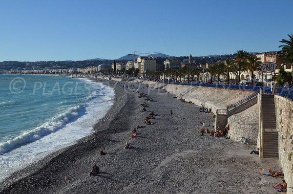 Plage du Castel à Nice