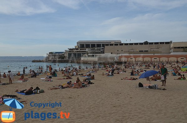 Photo de la plage des Catalans à Marseille