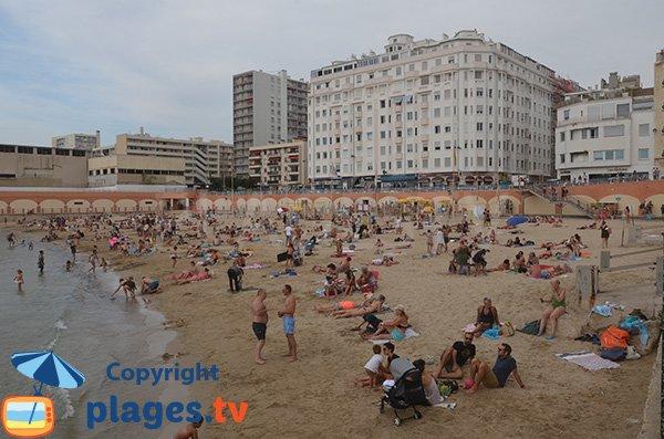 Plage Des Catalans Marseille 13 Bouches Du Rhone Paca