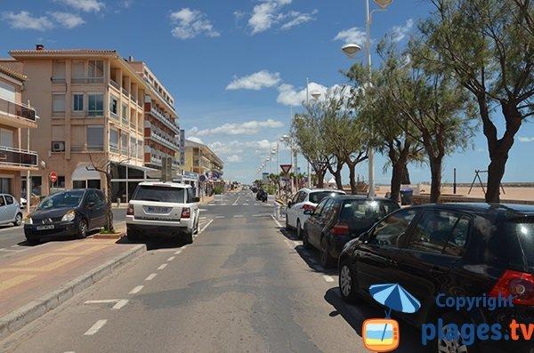 Parking de la plage centrale de Vias