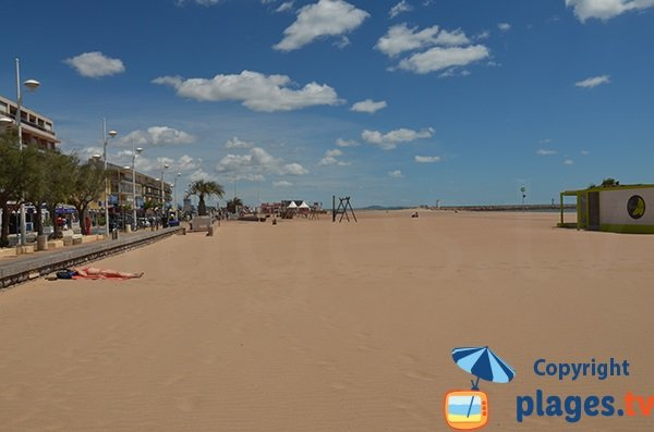 Plage centrale valras plage 34 h rault languedoc - Office du tourisme valras plage herault ...