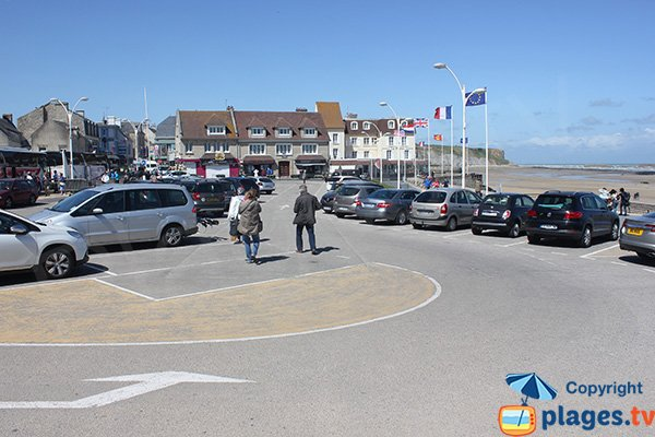 Parking de la plage d'Arromanches