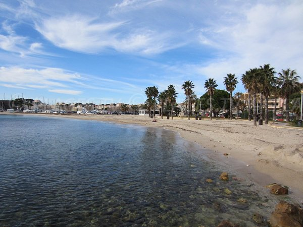Central beach of Bandol in winter