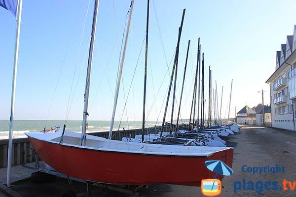 Center of sailing of the beach of Grandcamp Maisy - Calvados