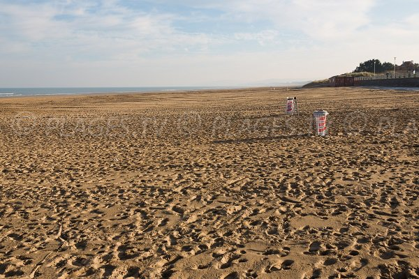 Photo of the central beach of Merville Franceville towards Cabourg