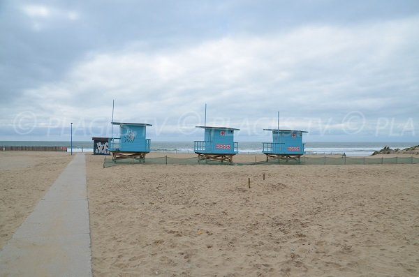 Supervised beach in Montalivet les Bains