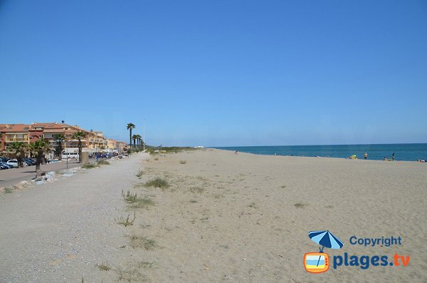 Photo de la plage dans le centre de Sainte Marie (66)
