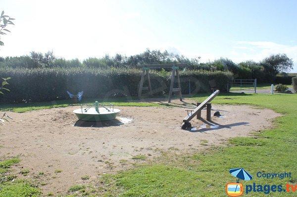 Aire de jeux pour les enfants - Saint-Côme-de-Fresné