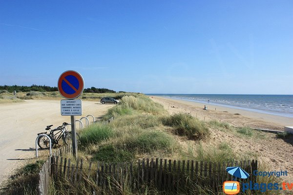 Wild beach in Notre Dame de Monts next to centre of the seaside resort