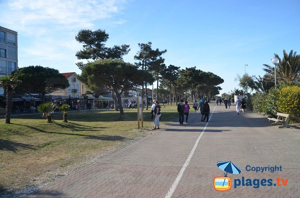 Pedestrian promenade along the Argeles beach