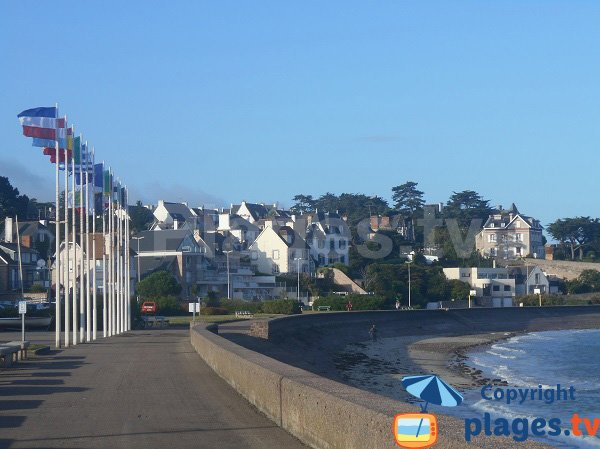 Central beach in erquy at high tide