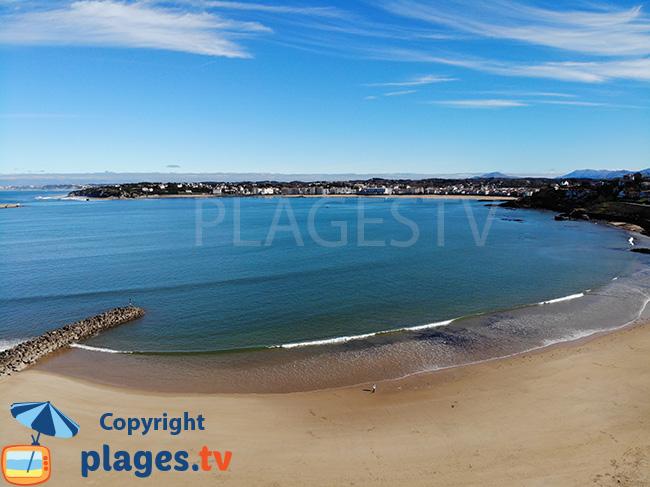 Socoa beach in the bay of St Jean de Luz