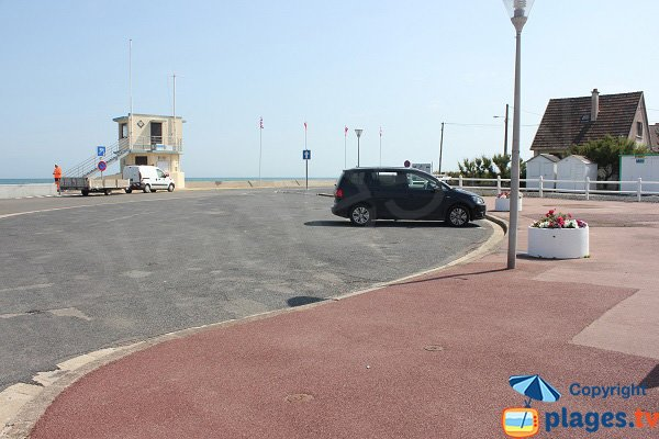 Parking de la plage de Ver sur Mer
