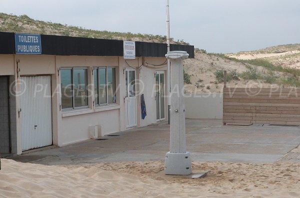 Poste de secours et sanitaires de la plage du centre de Vieux Boucau