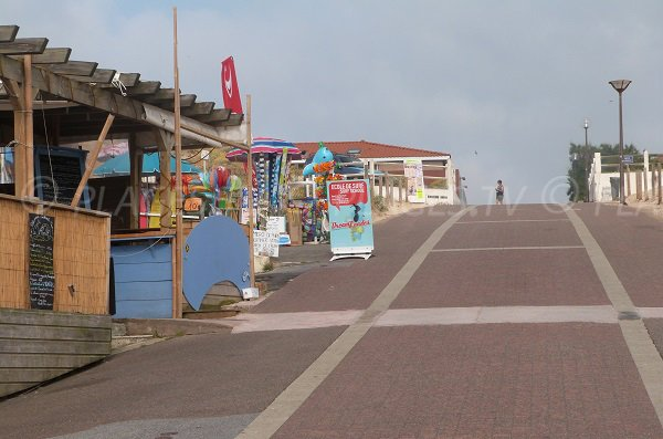 Seaside front in Vieux Boucau and access to the beach
