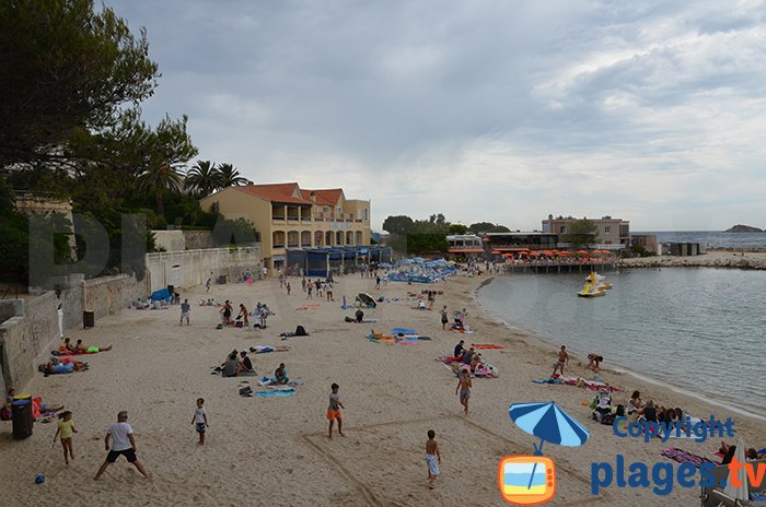 Renecros beach in Bandol: the most beautiful beach