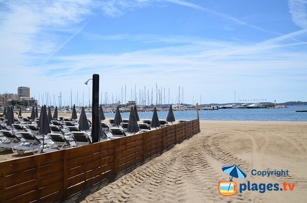 Private beach in Ste Maxime - city centre