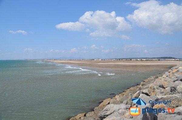 Vue générale de la plage des Chalets de Gruissan