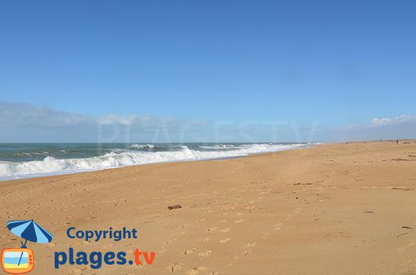 Vagues sur la plage de Tarnos