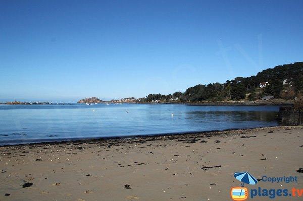 Photo de la plage du Chantier Naval de Plougasnou