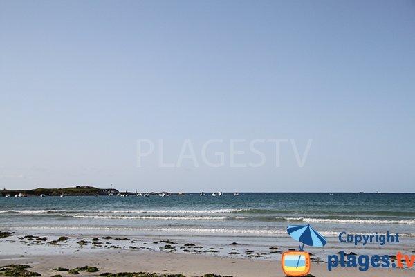 port de Beg ar Galeti depuis la plage de Landunvez