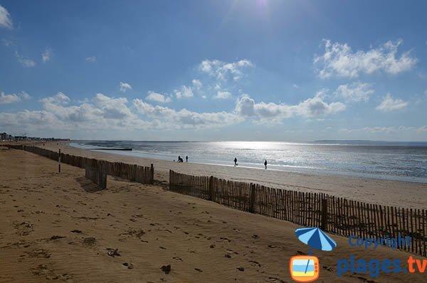 Photo de la grande plage de Chatelaillon en Charente Maritime