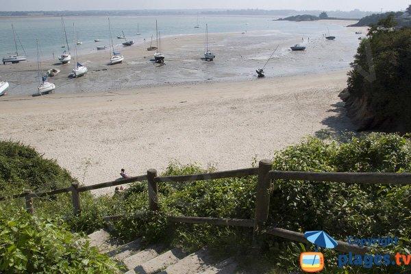 Marée basse sur la plage du Châtelet - St Jacut