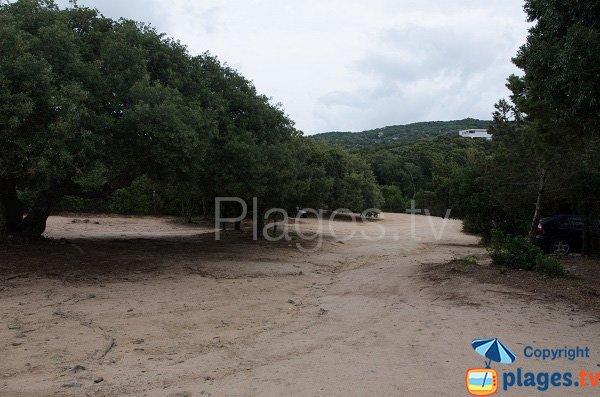 Parking de la plage de Chevanu