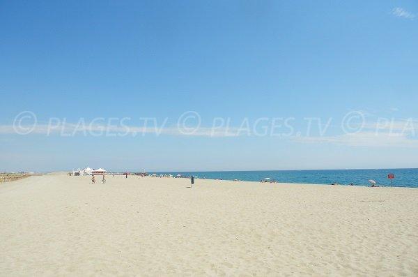 Spiaggia della Citta del Porto a Barcarès - Francia
