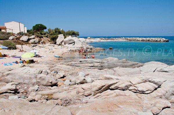 Plage du Club Med de Sant Ambroggio à Lumio