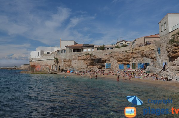 Overview of Sablettes beach - Marseille