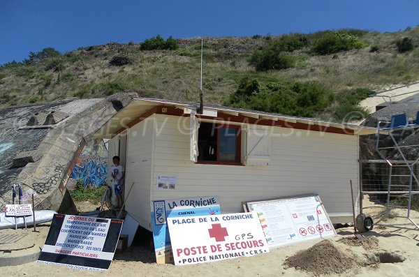 postazione di soccorso della spiaggia della Duna del Pilat