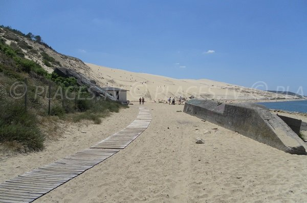 plage de la corniche tournage de camping franck dubosc pyla sur mer 33 gironde aquitaine. Black Bedroom Furniture Sets. Home Design Ideas