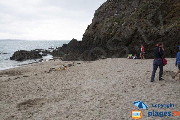 Crique de sable à Planguenoual